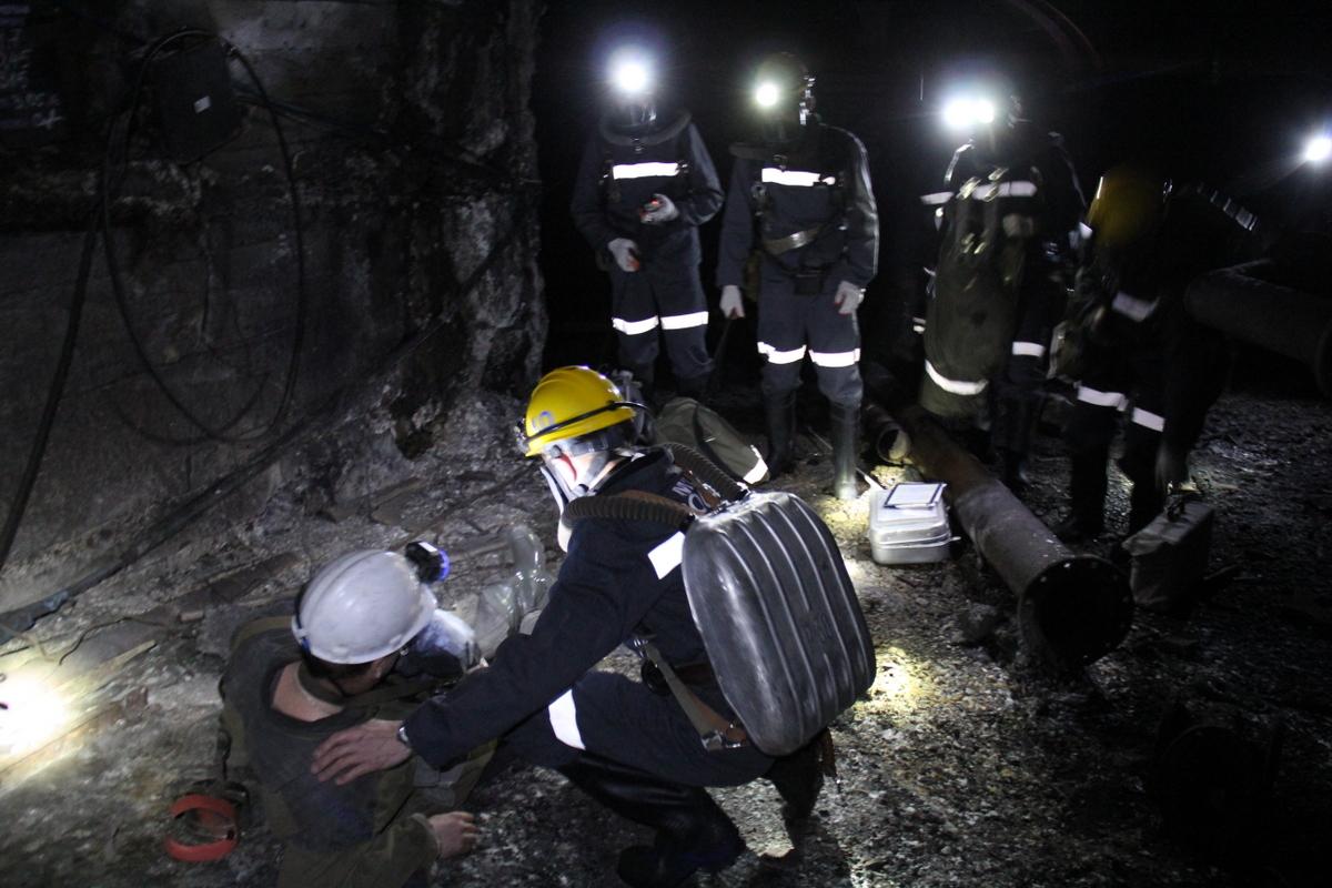 работаем надежными смотреть фото спасателей в шахте юрьевич, все